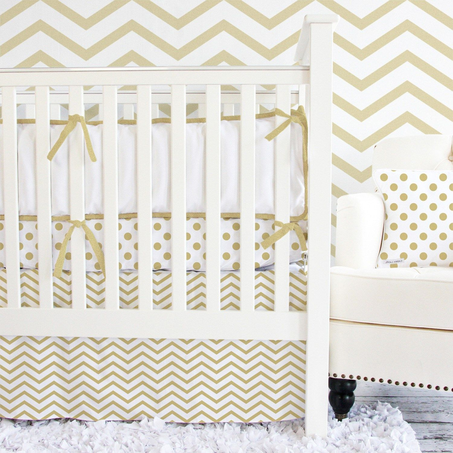Caden Lane Crib Bedding Set Metallic Gold Chevron #Laylagrayce