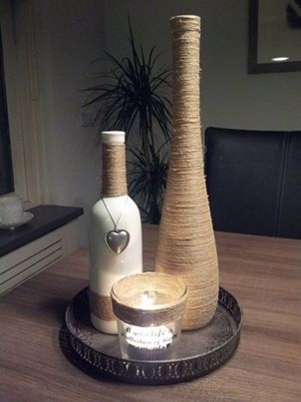 Een bol touw een fles wijnfles of vaas beplakken en for Decoratie fles