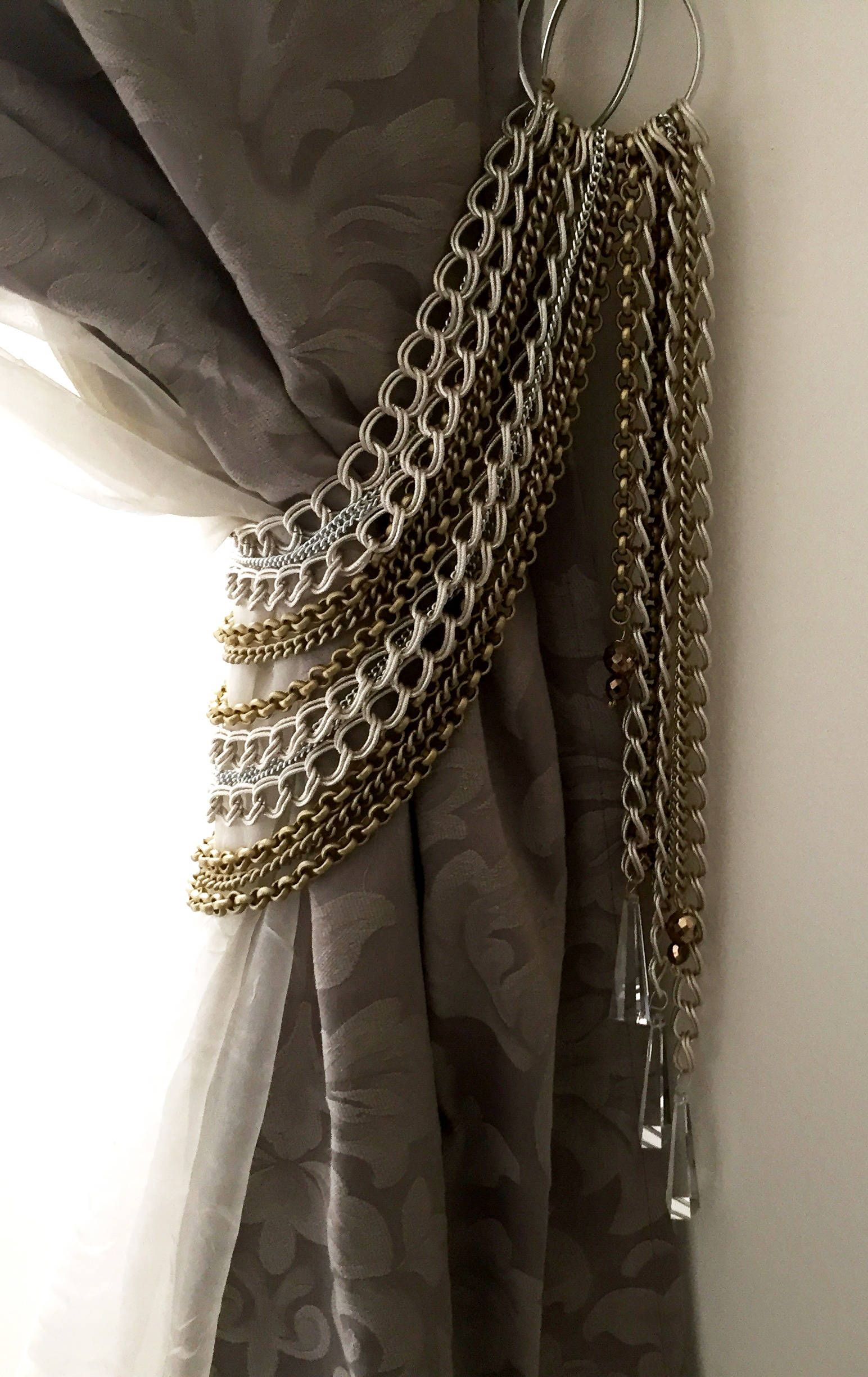 Opulent Curtain Holder Decorative Silver And Bronze Chains