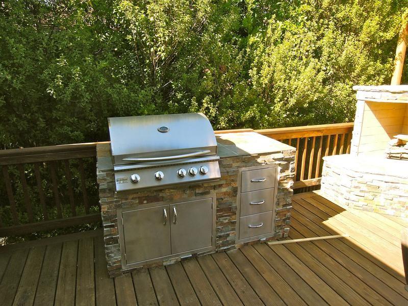 Barbecue Island Design And Installation In San Jose Ca Island Design Bbq Island Small Outdoor Kitchens