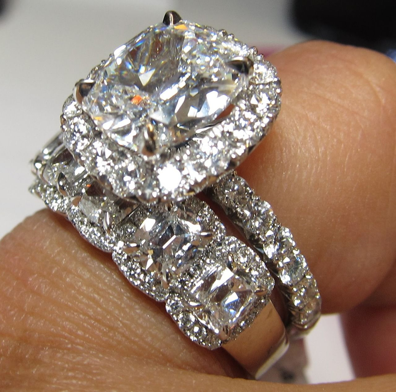 Wow This Thing Is Giant Wedding Ring Bands Set Wedding Ring Bands Bridal Rings