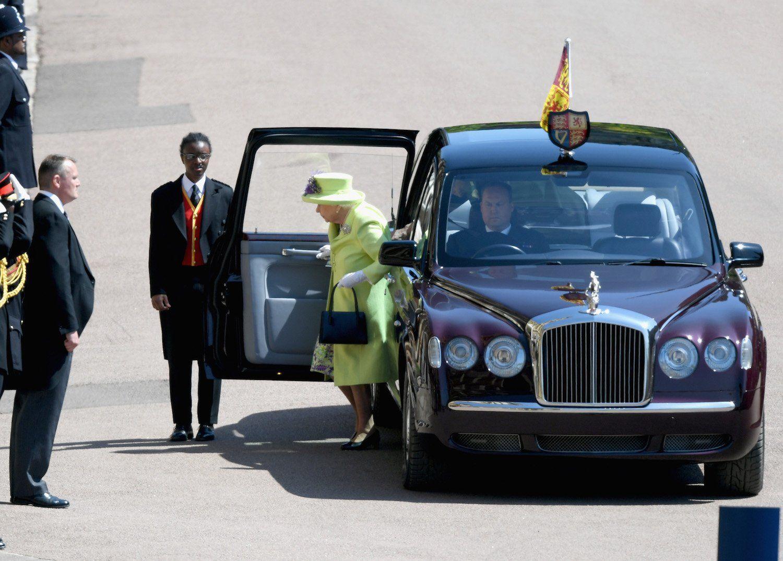Dàn siêu xe khủng trong đám cưới của Hoàng tử Harry và Công nương Meghan Markle