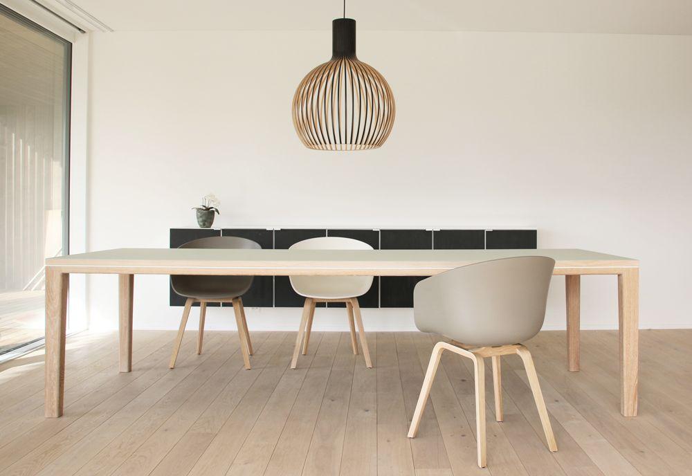 table linoleum pistachio oak by Benjamin Pistorius