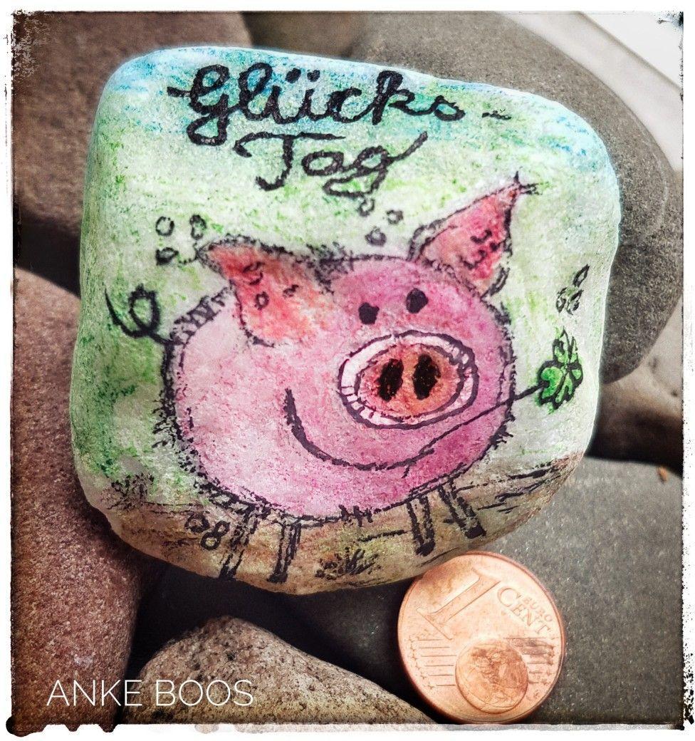 Bemalter Stein #Steinebemalen #Steine #Stones #bemalterStein #paintedrock #paintedrocks #pebbleart #Elbstones #paintesstones #Glücksbringer #mutmacher #glück #luck #Kleeblatt #watercolour #aquarell #glücksklee #schwein #pig #Malwasanderes #bemaltesteine Bemalter Stein #Steinebemalen #Steine #Stones #bemalterStein #paintedrock #paintedrocks #pebbleart #Elbstones #paintesstones #Glücksbringer #mutmacher #glück #luck #Kleeblatt #watercolour #aquarell #glücksklee #schwein #pig #Malwasanderes