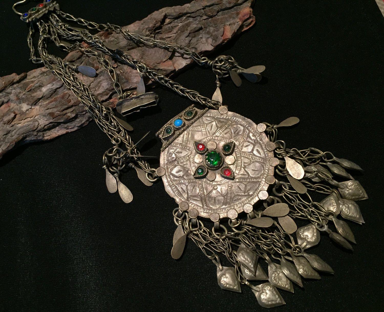 Amulet afghani kuchi women jewellery kuchi amulet antique pendant amulet afghani kuchi women jewellery kuchi amulet antique pendant old necklace aloadofball Gallery
