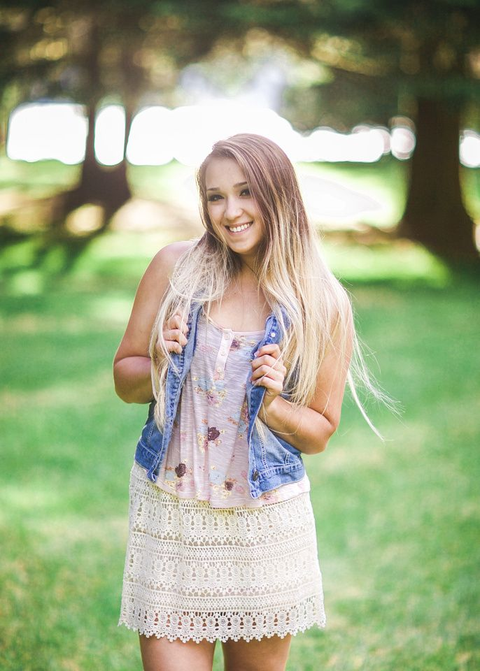 Senior Pictures Summer Outfit Photoshoot Cute Ideas Picture