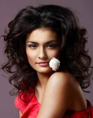15 Tunsori Pentru Parul Cret Exotic Hairstyle Tunsori