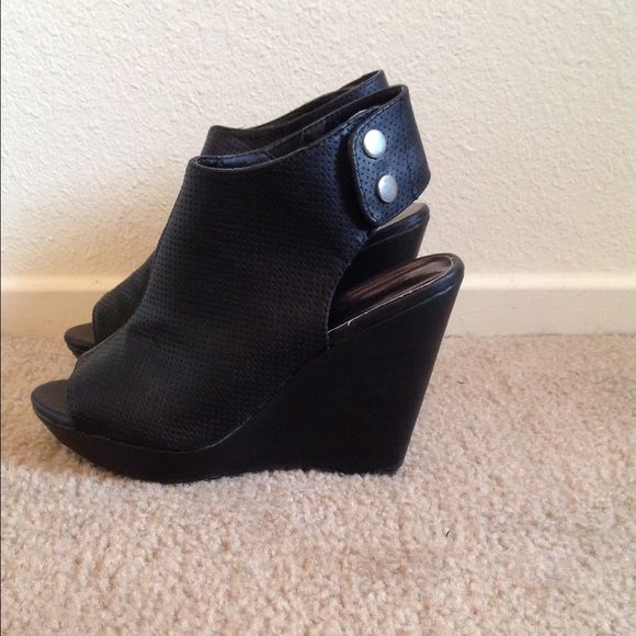 Madden Girl Wedge Black Madden girl wedge. Peep toe, button snap around ankle. Madden Girl Shoes Wedges