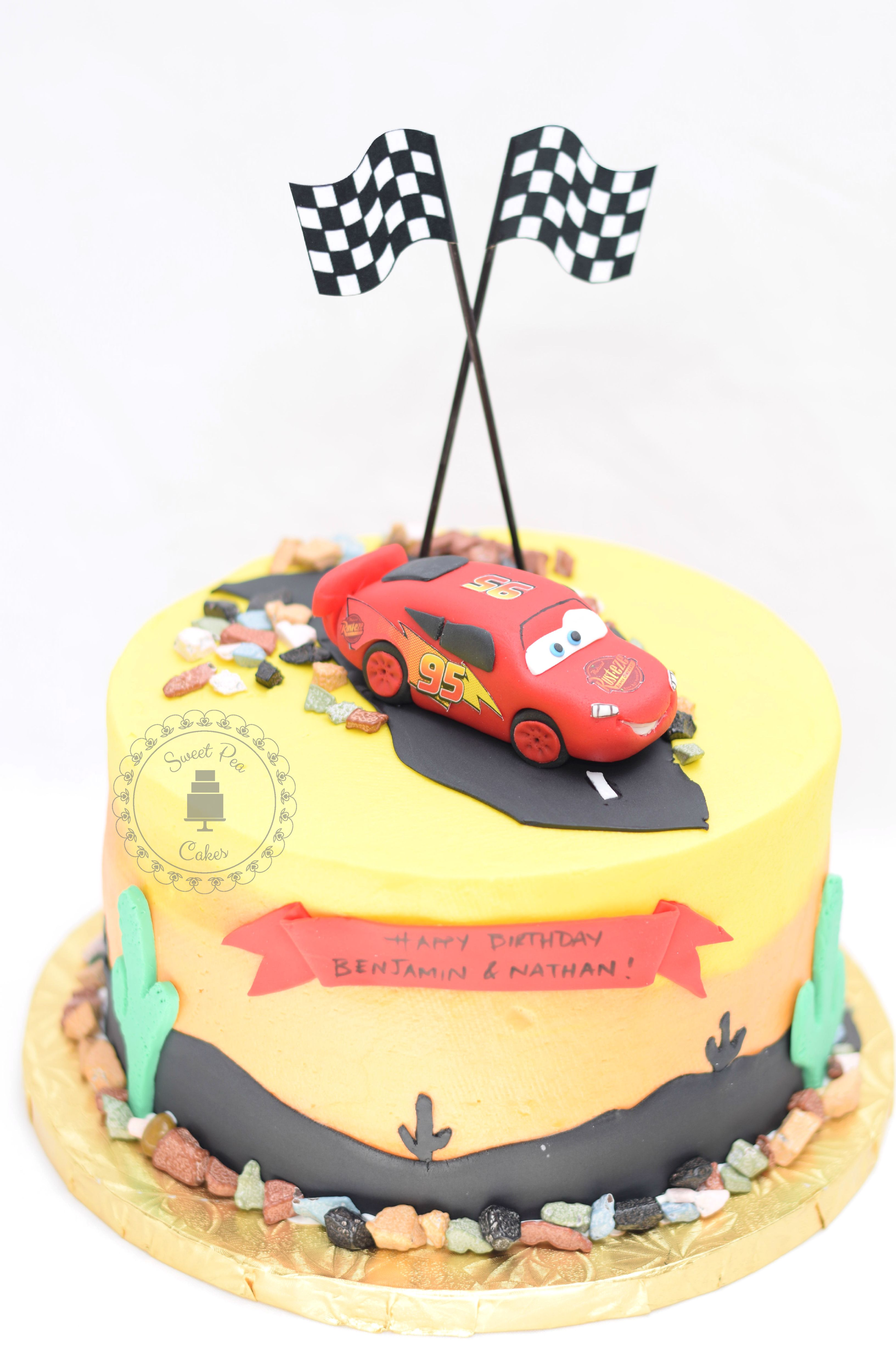Cars the movie fondant cake with lightning mcqueen cake