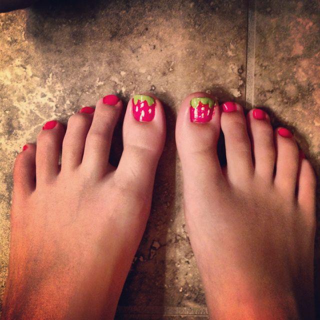 Strawberry toenails cute stuff pinterest toenails strawberry toenails strawberry delighttoe nail arttoe prinsesfo Gallery
