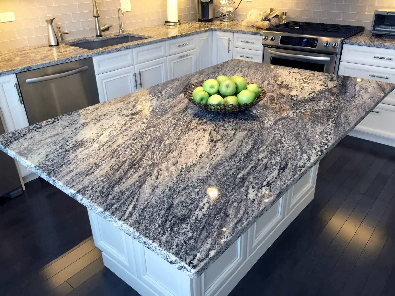 London fog 3m granite in Marcia and Paul\'s kitchen of Glenview, IL ...