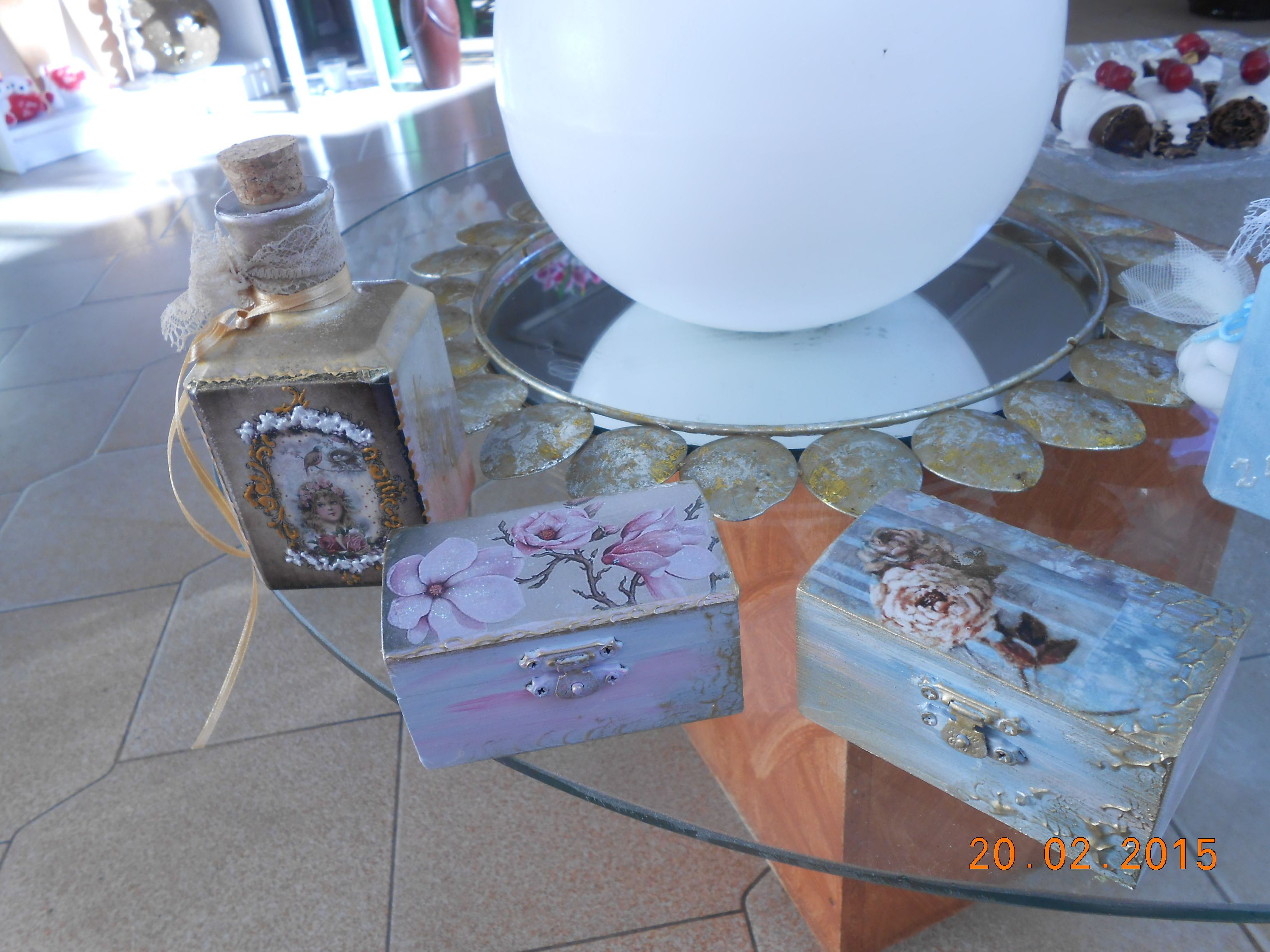 small bottle  6,5x6,5x13,  250  ml  and  wooden  small  boxes  9x5 , wedding  bobonieres