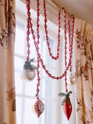 Christmas Window Decorating Ideas by hope54