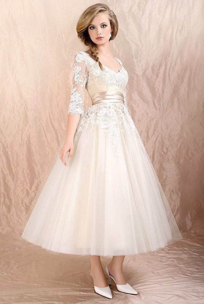 e8c1715862de Vintage Tea Length Wedding Dresses with Three Quarter Sleeve Mid-Calf White  Tulle Skirt Lace Appliques Scoop Neck Corset Little Bridal Gowns