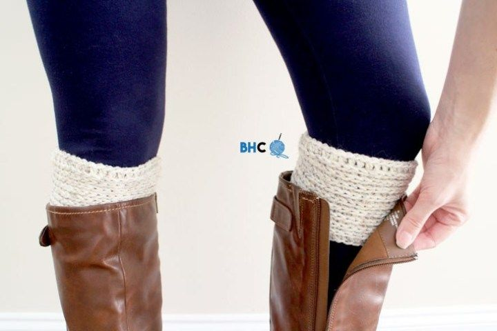 Simply Ribbed Crochet Boot Cuffs - Free Easy Pattern - B.hooked Crochet #bootcuffs