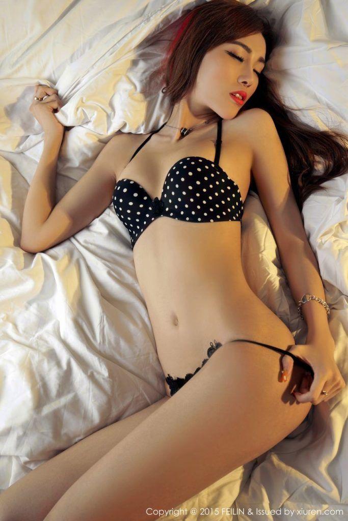 Hot nude asian models photos