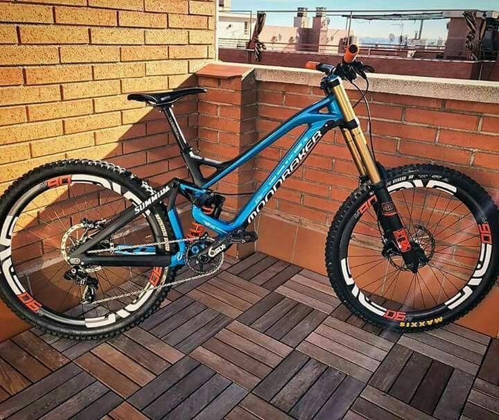 Pin By Max Chernyshev On Awersome Bikes Mtb Dh Fr Slopestyle Mtb Bike Mountain Downhill Bike Bicycle