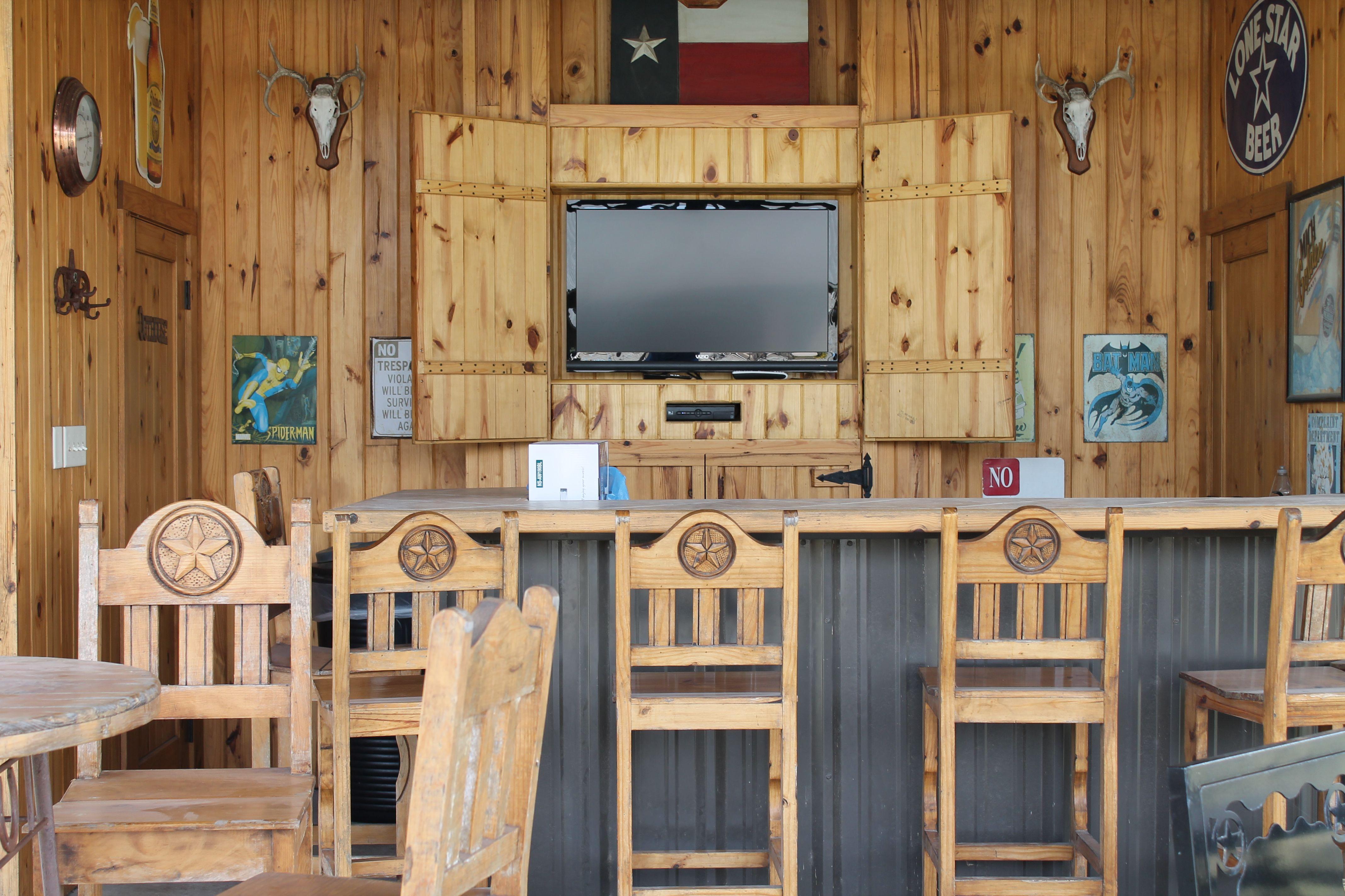 Western Patio Design With Saloon Bar Decor Home