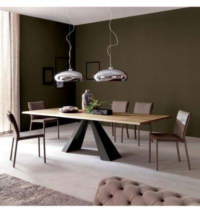 Materiaux Nobles Et Naturels Pour Cette Superbe Table Salle A