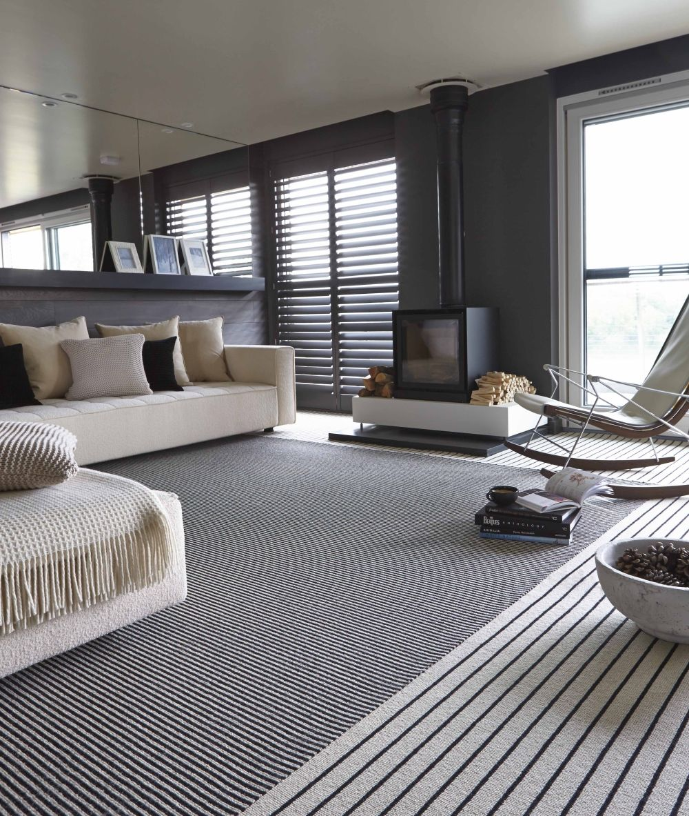 Decorating With Stripes For A Stylish Room: Monochrome Elegance: 30 Black And White Striped Rugs
