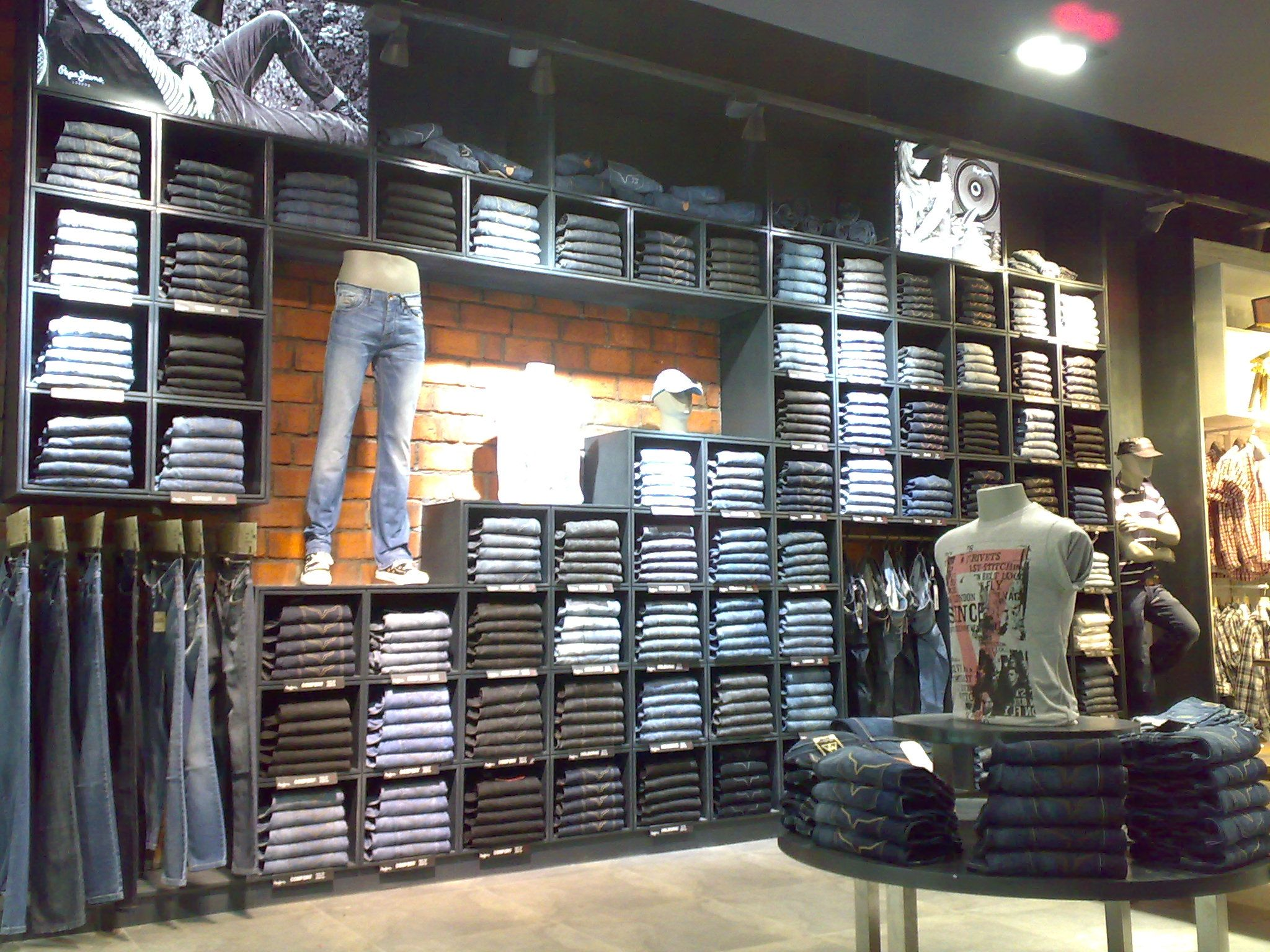 Infinity Mall, Malad, Mumbai. | Pepe Jeans Concept Stores ...