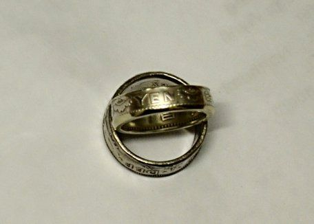 Very pretty little coin ring made from a 600 Silver Japanese Showa