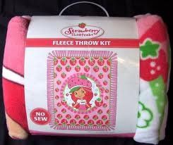 Amazon Com No Sew Fleece Throw Kit Strawberry Shortcake Toys
