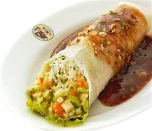 Lumpiang Ubod (mixed of vegetables on plato wrap with special sauce)