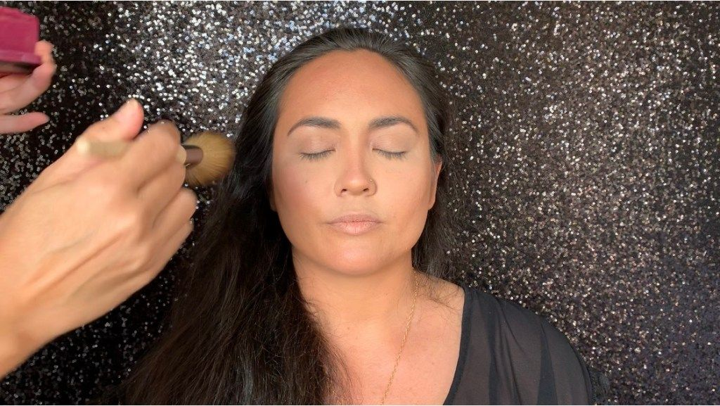 Photo of How To Contour And Highlight With Makeup – Colleen Hobson