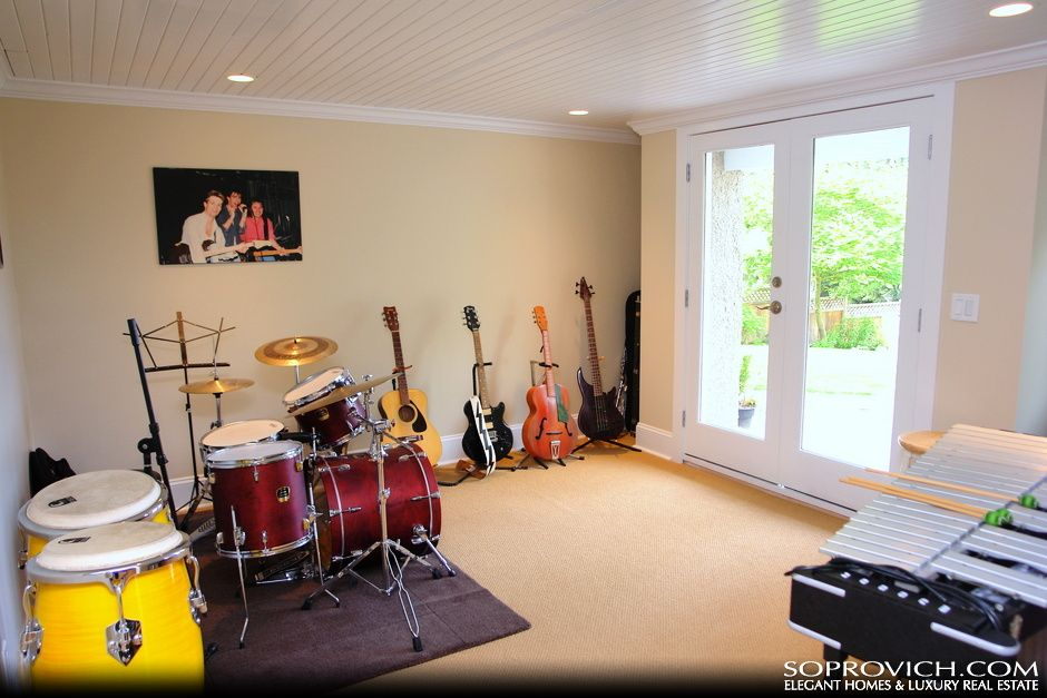 Room Dedicated To Only Musical Instruments So My Husband Can Jam Home Decor Music Room Meditation Room
