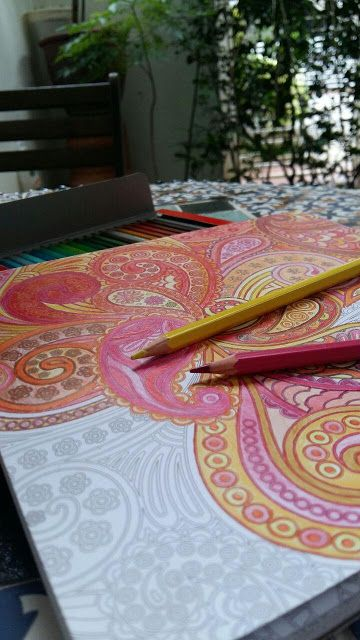 I am loving the adult colouring book trend that is circling around lately.I find that it really helps me ease my school related stress. Check out a few other ways that may help you de-stress or unwind after a long day of lectures,work,exams or life in general !