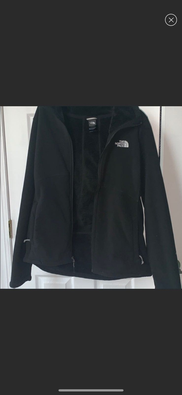 Black Jacket Fuzzy Inside Soft Outside No Flaws Just A Few Pillings Size Medium North Face Jacket North Face Fleece Jacket Jackets [ 1600 x 739 Pixel ]