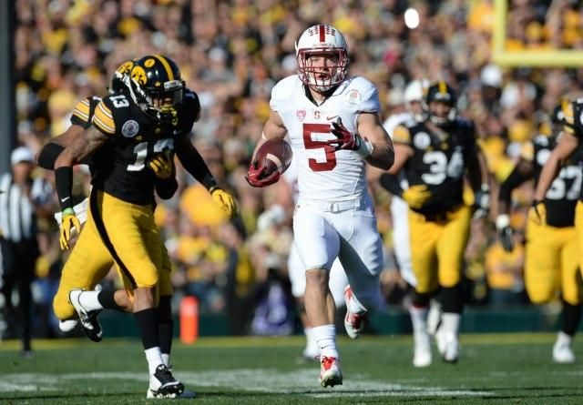 Christian Mccaffrey Scores 75 Yard Touchdown On Stanford S First Play At The Rose Bowl Christian Mccaffrey Ncaa Football College Football News