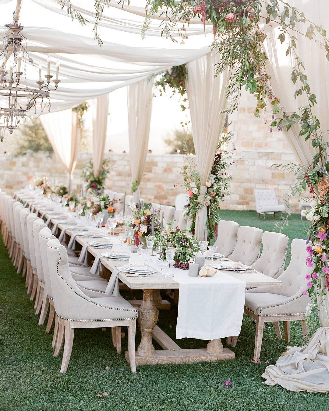 Cool Wedding Reception Ideas: Pin By Lookmai Patcharida On Cool Wedding Ideas And Trends