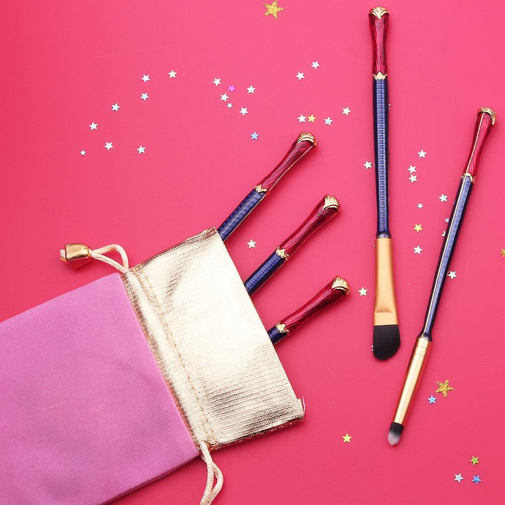 Buy Wonder Woman Makeup Brush Set at Bijou Blossoms for