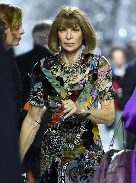 5f7f4dafb469 Anna Wintour Photos - Anna Wintour departs the Christian Dior show as part  of the Paris Fashion Week Womenswear Spring/Summer 2018 on September 26, ...