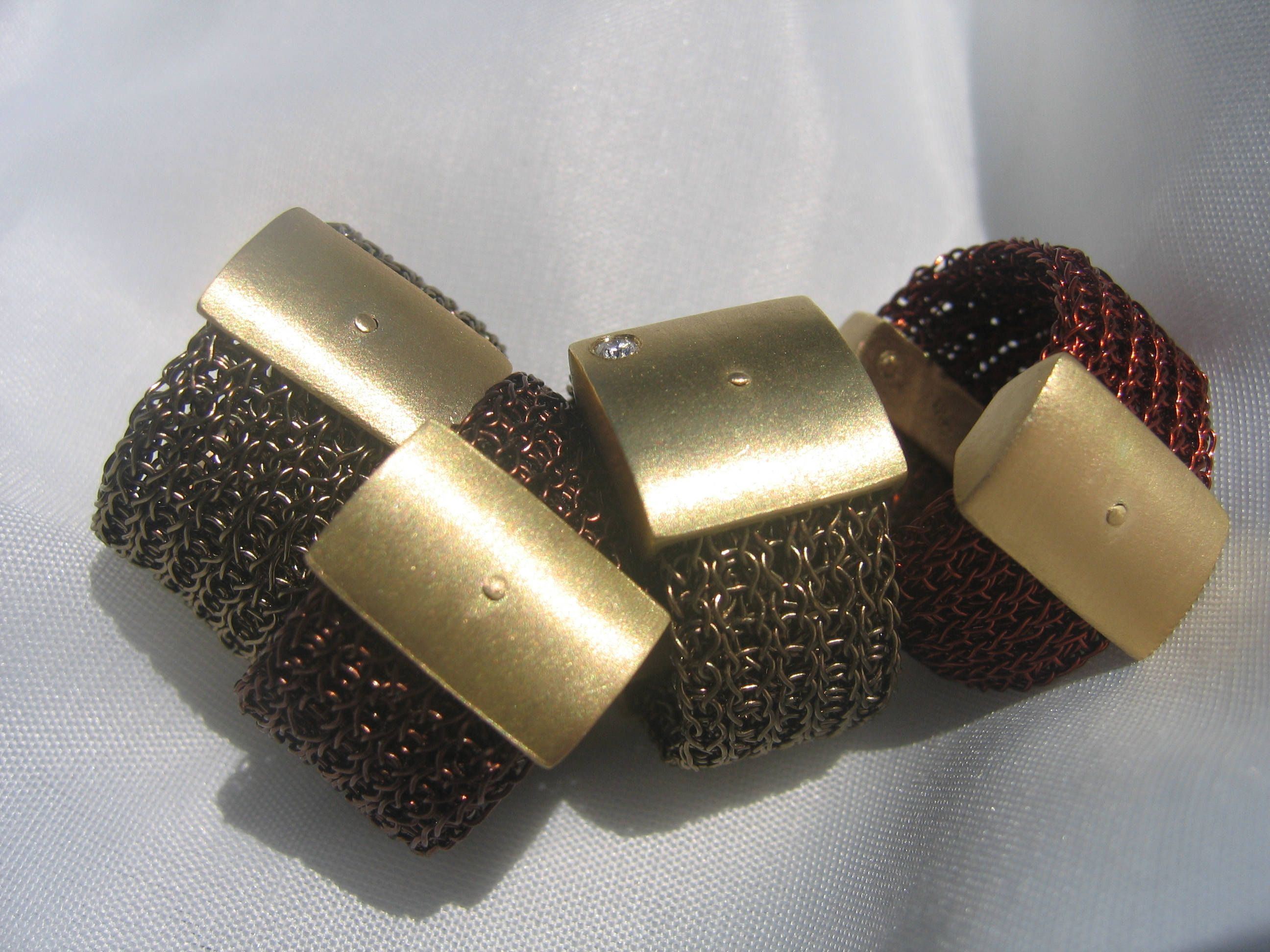 product metal ring gun in grey bow luulla original knitted rings on