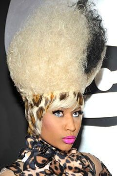 Nicki Minaj One Of Her Many Crazy Hairstyles Hair With Flair Dramatic Hair Hair Styles