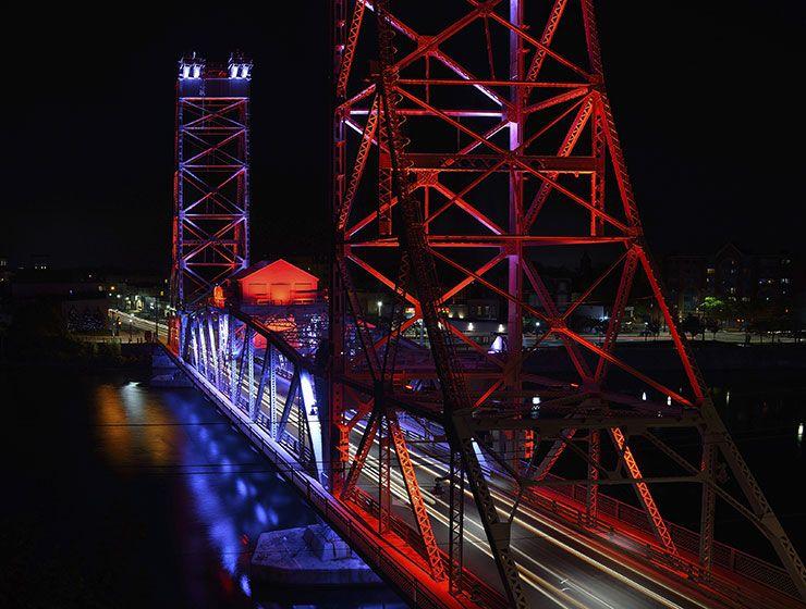 Bridge 13 canada architectural exterior lighting