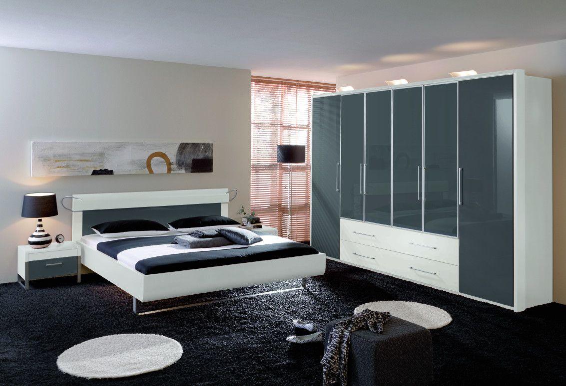 een zanoplus kast van rauch echt een kast die de ruimte van je slaapkamer mooi vult