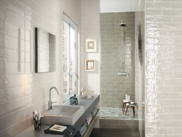 Carrelage de salle de bains original \u2013 90 photos inspirantes - Stratifie Mural Salle De Bain