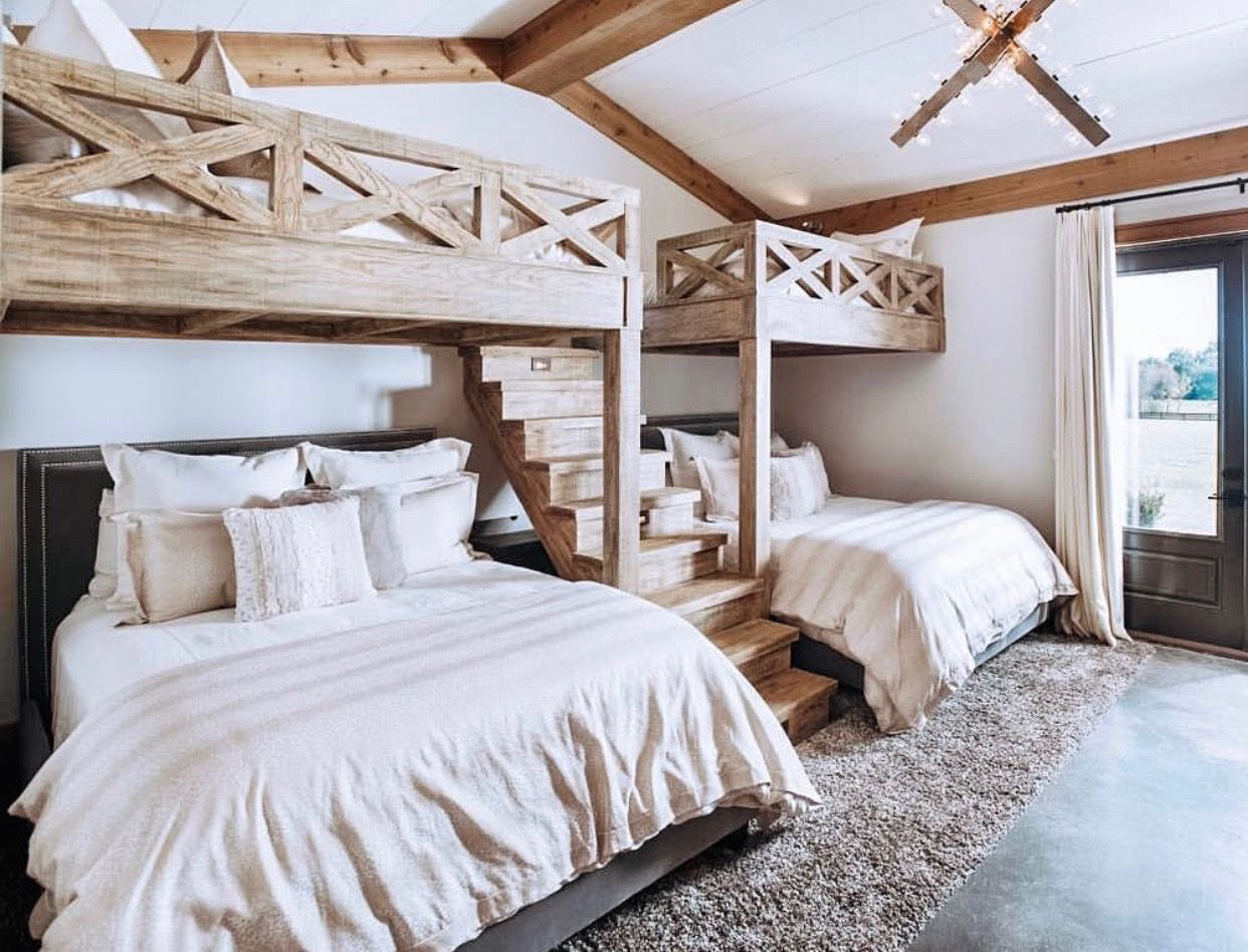 2 Queen Beds On Bottom With 2 Full Beds On Top Awesome Bunk Beds Bunk Beds Built In Bunk Bed Rooms Home Bedroom