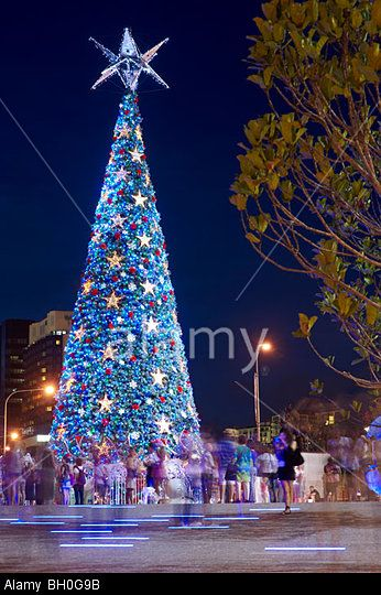 Worlds Largest Solar Powered Christmas Tree At King George Square Brisbane Australia C Redbrickstock Com Alamy
