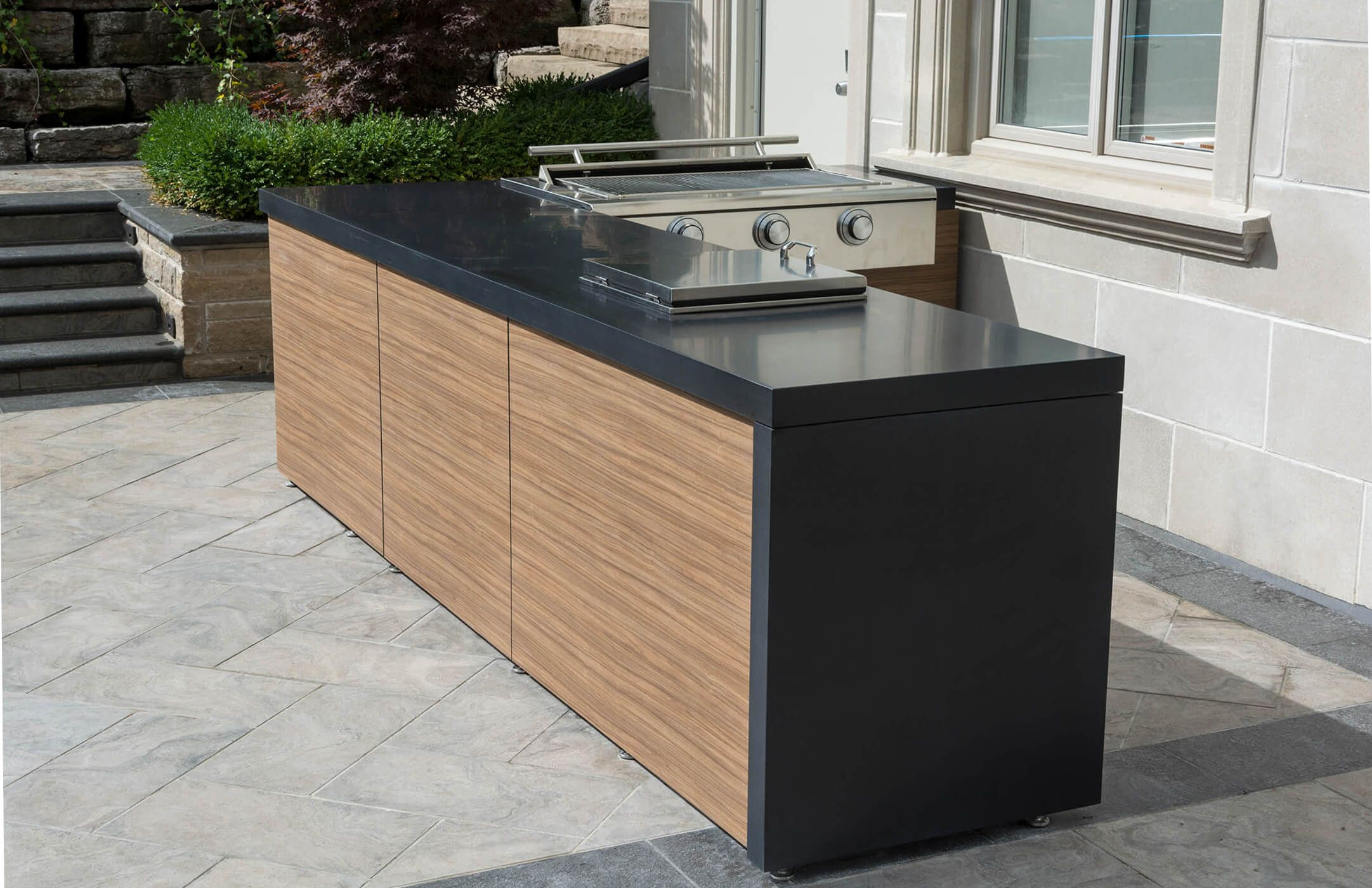 Outdoor Kitchen Waterfall Lg Himacs Countertop Outdoor Kitchen