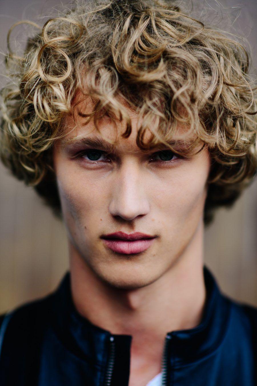 Le 21eme Bram Valbracht Milan Curly Hair Men Permed Hairstyles Perm Hair Men