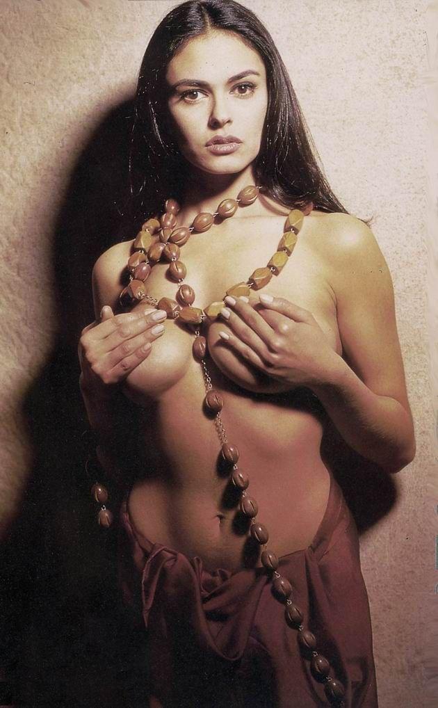 mag nude grazia boss Maria cucinotta