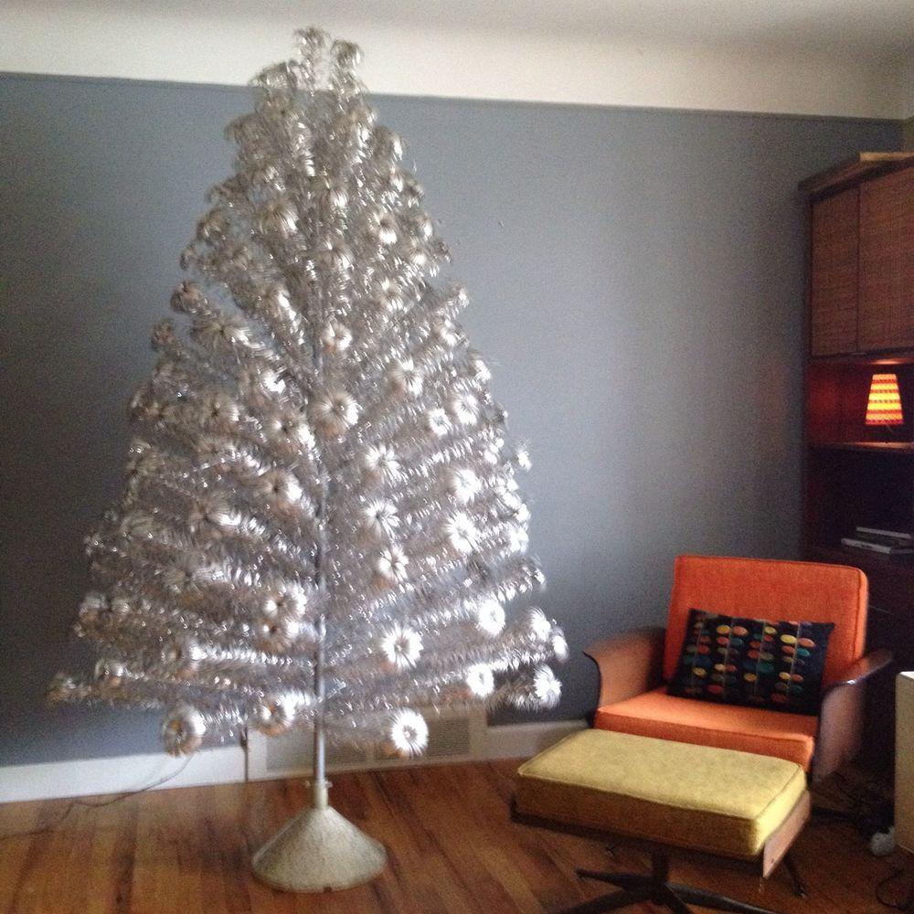 VTG Aluminum Pom Pom Christmas Tree 150 Branches Color ...