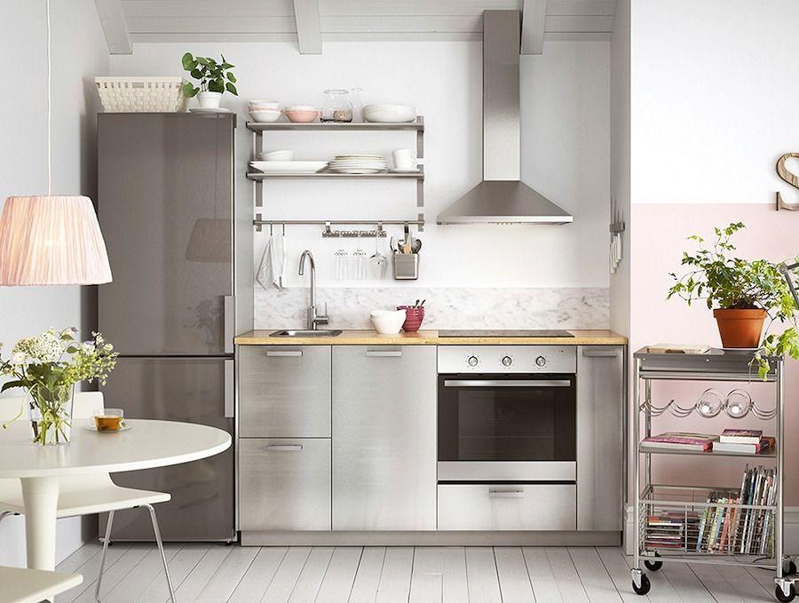 Cocina peque a de acero inoxidable ideas para la cocina for Fotos de decoracion de cocinas pequenas