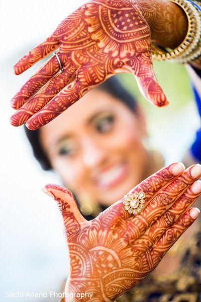 Mehndi Bride Poses : Sangeet http maharaniweddings gallery photo