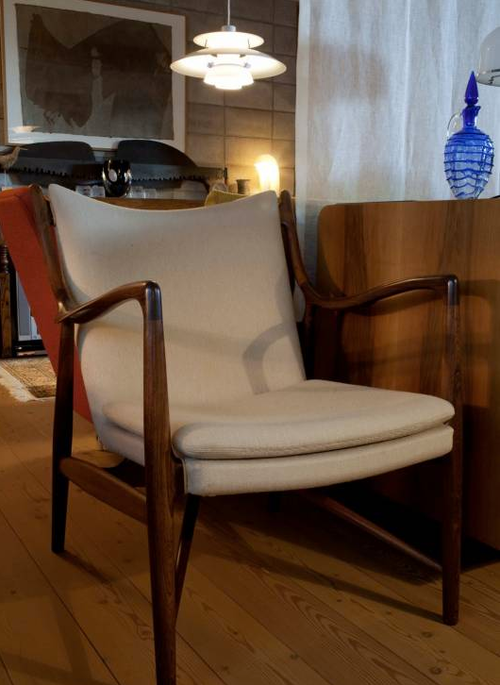 20th Century Scandinavian Design Arm Chairs By Jens Risom Shabby Chic Table And Chairs Retro Interior Design Chair